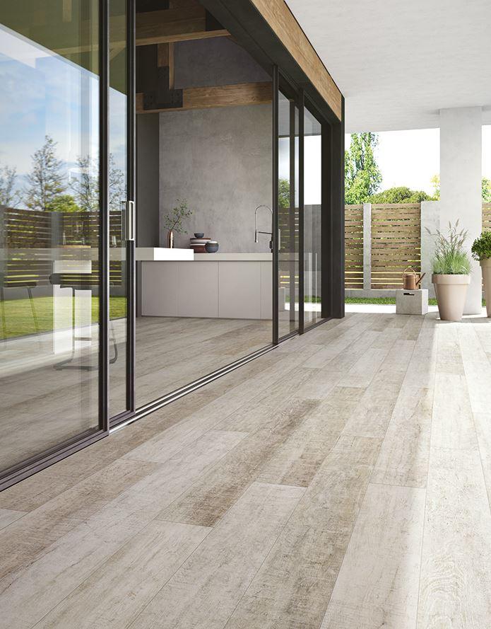 Carrelage parquet terrasse maison et mobilier for Carrelage imitation bois exterieur