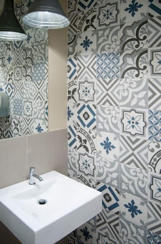 Carrelage patchwork bleu