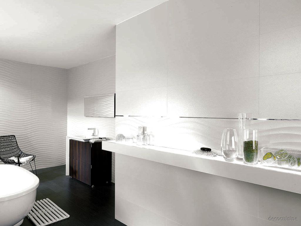 Carrelage blanc vague maison et mobilier - Faience salle de bain blanche ...