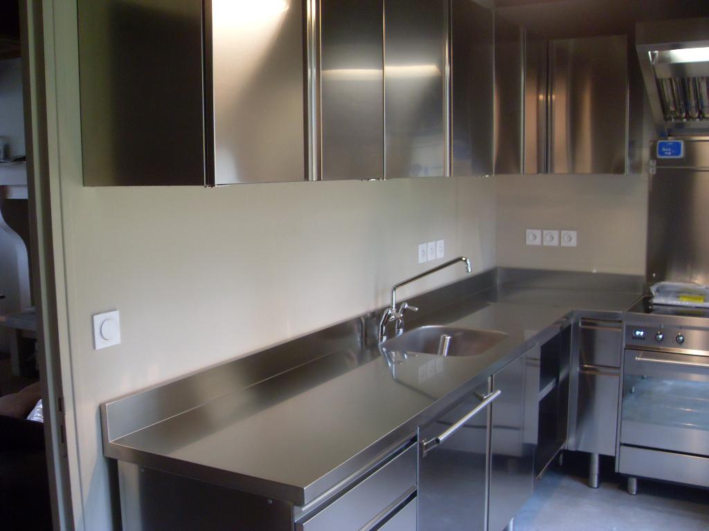 Meuble cuisine plan de travail inox maison et mobilier - Meuble cuisine inox ...