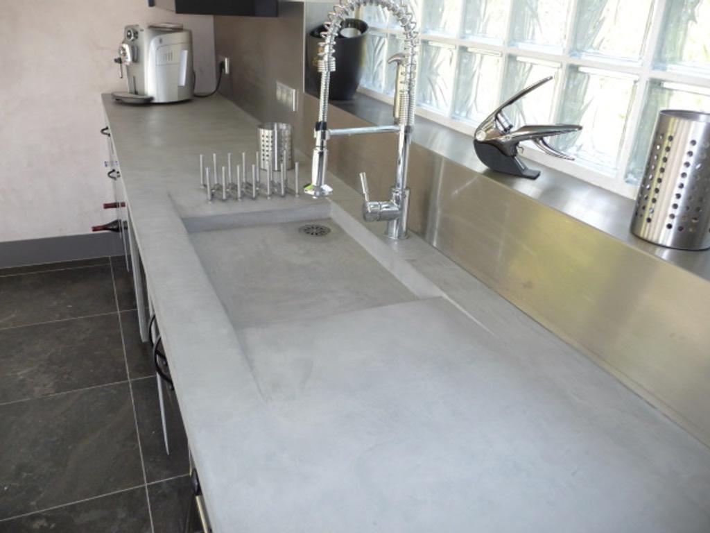 Plan de travail cuisine beton lisse maison et mobilier - Plan de travail cuisine beton cire ...