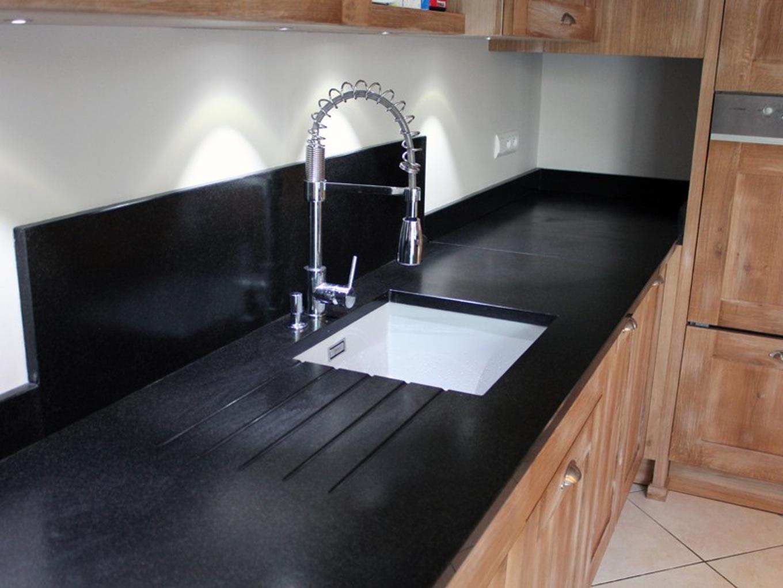 prix d 39 un plan de travail de cuisine en granit atwebster. Black Bedroom Furniture Sets. Home Design Ideas