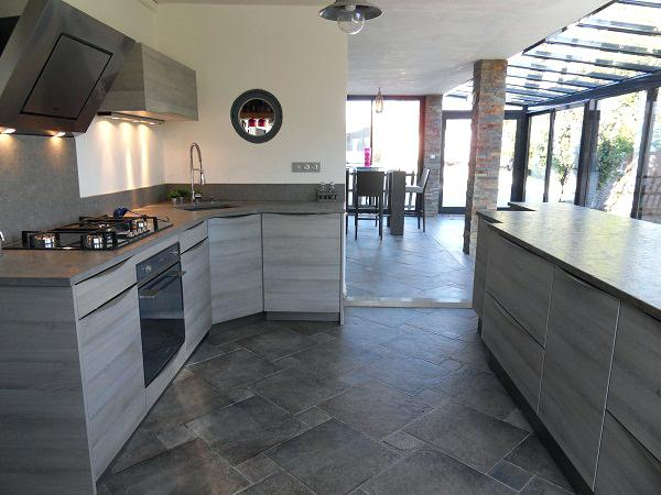 Carrelage cuisine gris fonc maison et mobilier - Cuisine gris fonce ...