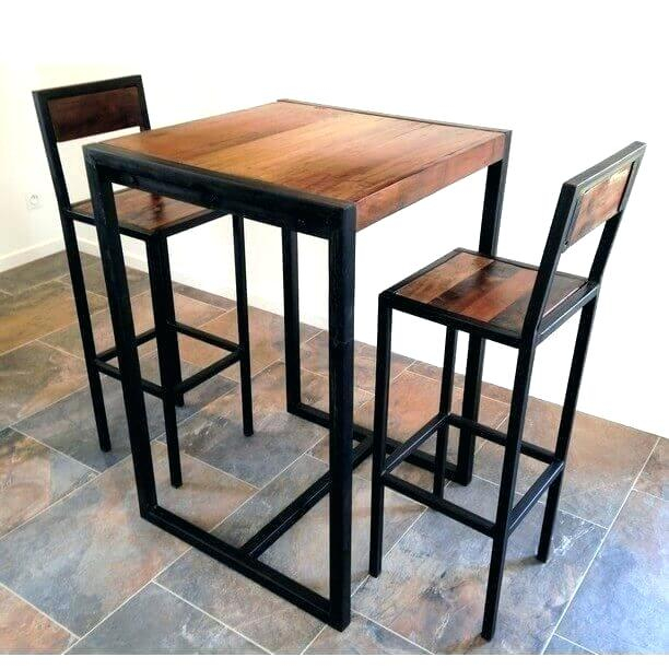 Table haute cuisine et tabourets maison - Table haute avec tabouret pour cuisine ...