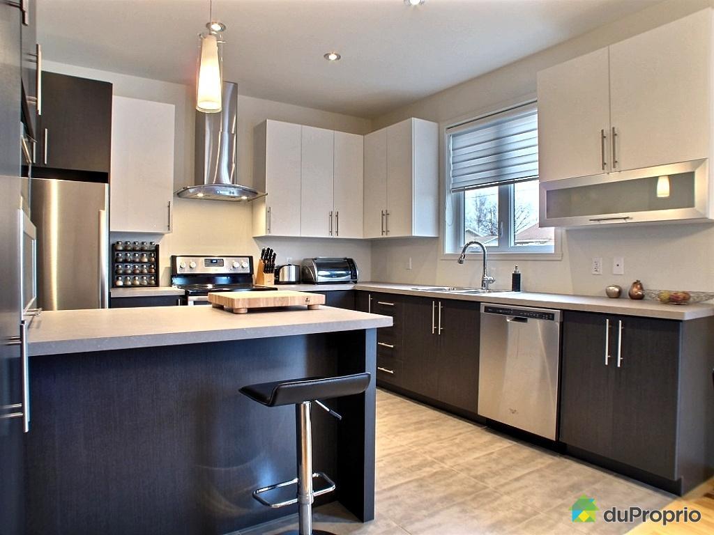 couleur mur de cuisine grise maison et mobilier. Black Bedroom Furniture Sets. Home Design Ideas