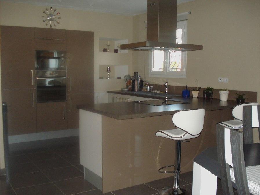 idee deco cuisine couleur taupe maison et. Black Bedroom Furniture Sets. Home Design Ideas
