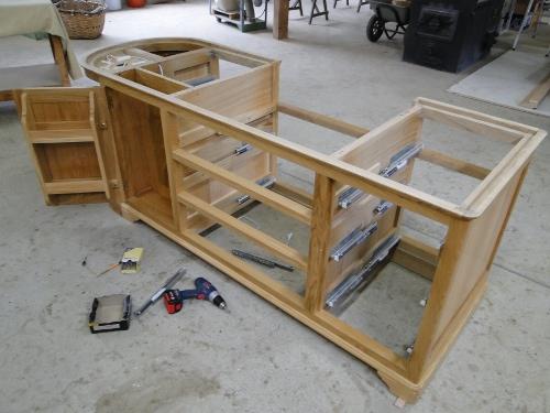 fabriquer ses meubles de cuisine en bois massif maison et mobilier. Black Bedroom Furniture Sets. Home Design Ideas