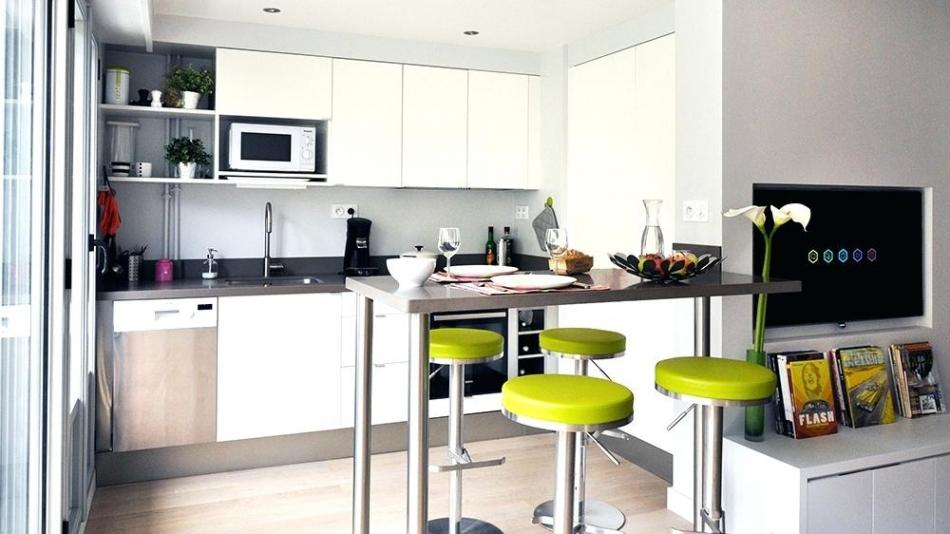 id e petite cuisine ouverte sur salon. Black Bedroom Furniture Sets. Home Design Ideas