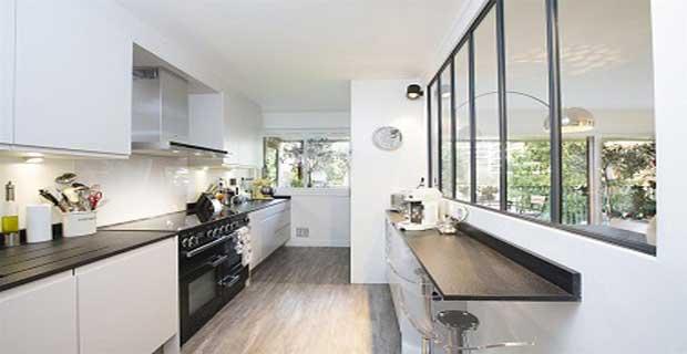 Plan cuisine tout en longueur maison et - Plan de travail cuisine grande longueur ...