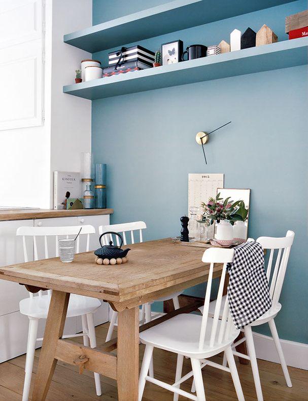 Petite table de cuisine en bois rectangulaire