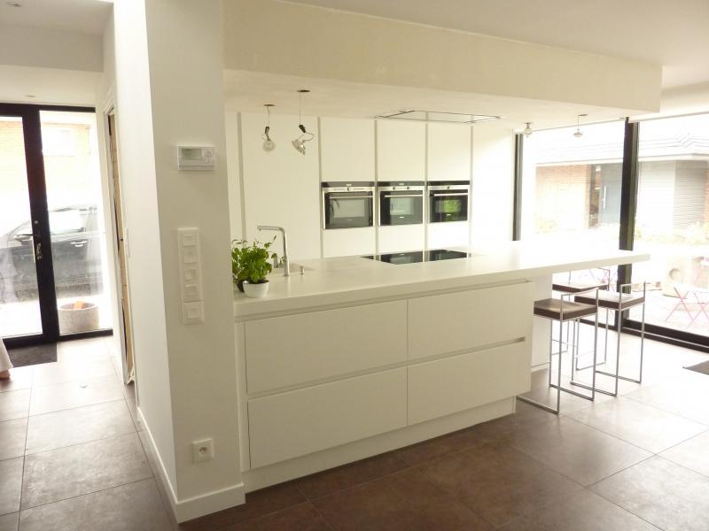 plan travail cuisine blanc maison et mobilier. Black Bedroom Furniture Sets. Home Design Ideas