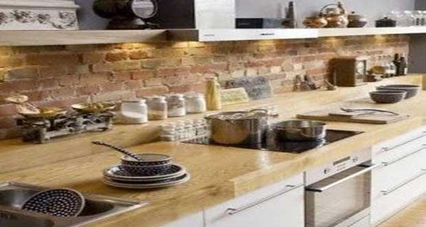 Peinture carrelage rouge brique maison et mobilier - Deco mur cuisine moderne ...