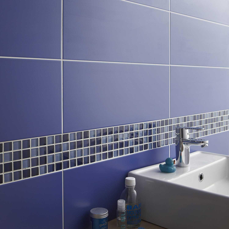 Carrelage salle de bain bleu nuit - Atwebster.fr - Maison et mobilier