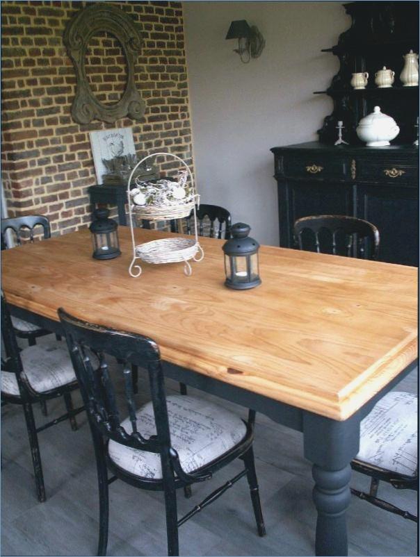 Peindre table de cuisine en bois maison - Comment peindre une cuisine en bois ...