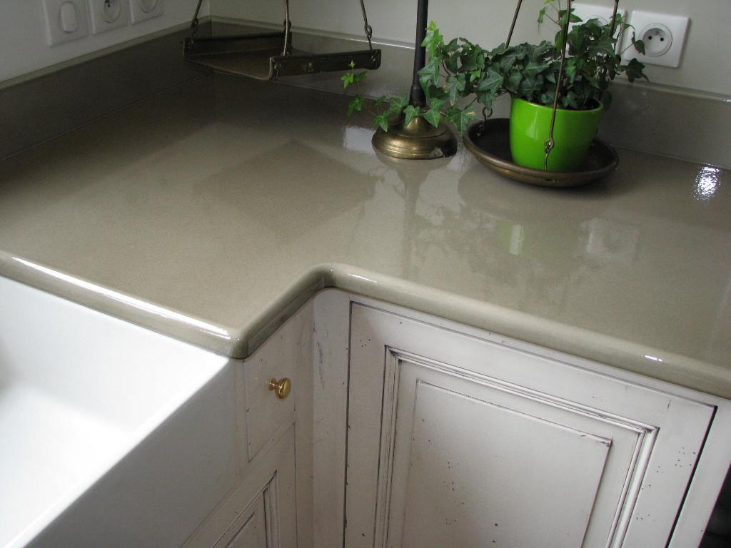 plan de travail cuisine pierre de lave prix maison et mobilier. Black Bedroom Furniture Sets. Home Design Ideas
