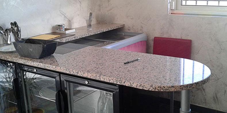 Plan de travail cuisine granit portugal - Atwebster.fr - Maison et ...