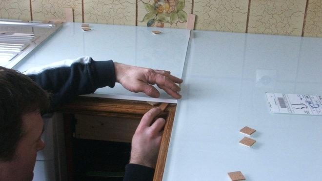 Recouvrir plan de travail cuisine en carrelage atwebster - Comment couper plan de travail cuisine ...