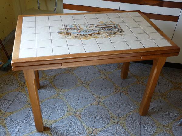 Table de cuisine carrel e but maison et - Table cuisine avec rallonge ...
