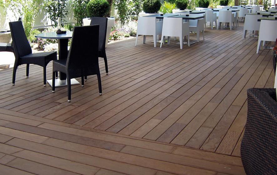 terrasse carrelage imitation bois rendu sympa atwebster. Black Bedroom Furniture Sets. Home Design Ideas