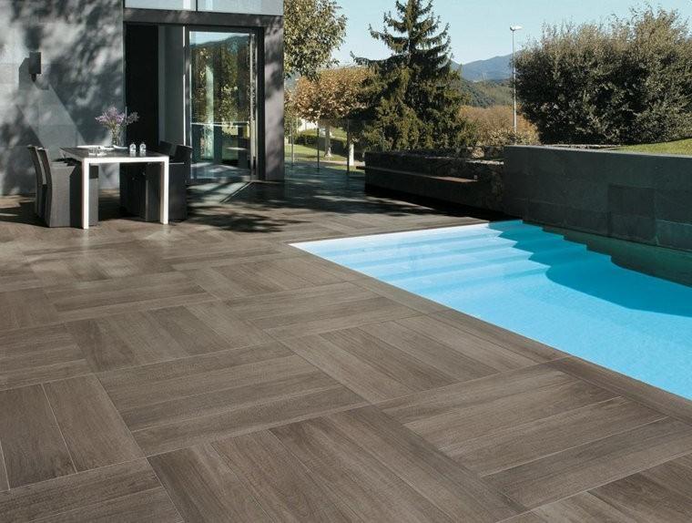carrelage imitation parquet piscine. Black Bedroom Furniture Sets. Home Design Ideas